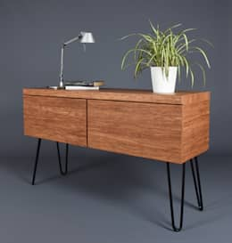 Commode mid century modern bamboo with two drawers/Contenitore in bamboo density: Camera da letto in stile in stile Scandinavo di Ebanisteria Cavallaro