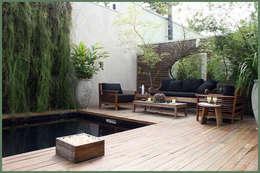 庭院 by Empório Brasil Marcenaria