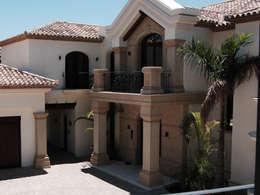 Fabricantes de Cantera: Casas de estilo clásico por Canteras Villa Miranda