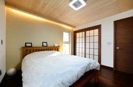 臥室 by 코원하우스