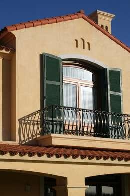 Casa en La Colina - Open Door - Pcia de Buenos Aires: Casas de estilo clásico por Rocha & Figueroa Bunge arquitectos