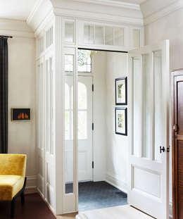 Entry:  Corridor & hallway by Douglas Design Studio