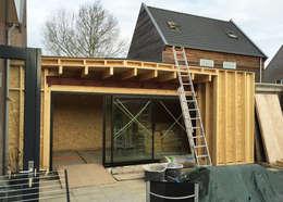 Home Extension Westervoort:   door Kevin Veenhuizen Architects
