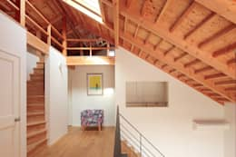 Koridor dan lorong by こぢこぢ一級建築士事務所