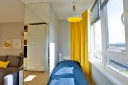 Солнечная квартира-студия в ЖК Бумеранг: Tерраса в . Автор – Студия дизайна Дмитрия Артемьева 'Prosto Design'