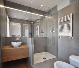 16 modi per separare spazi asciutti e bagnati nel vostro bagno
