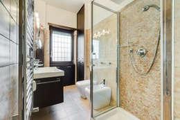 Baños de estilo moderno por EF_Archidesign