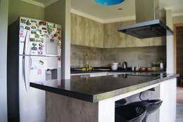 Cocina: Cocinas de estilo moderno por Smartlive Studio
