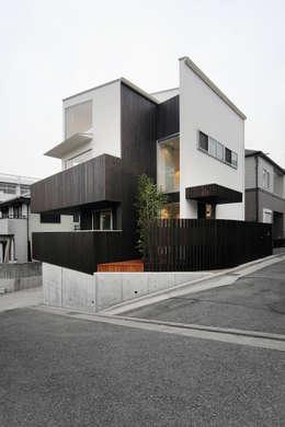 haus-kuro: 一級建築士事務所hausが手掛けた家です。