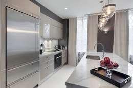 Kitchen: modern Kitchen by Joe Ginsberg