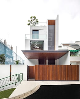 Courtyard House: modern Houses by ming architects