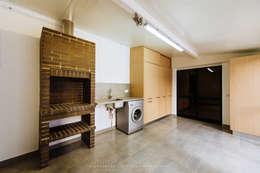 بلكونة أو شرفة تنفيذ NOVACOBE - Construção e Reabilitação, Lda.