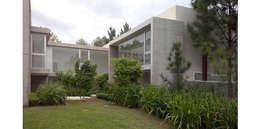 PUERTO PARAISO: Casas de estilo moderno por ESTUDIO ARQUITECTURA