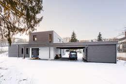 Projekty, nowoczesne Domy zaprojektowane przez sebastian kolm architekturfotografie