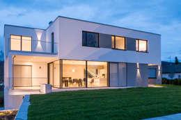 Projekty, nowoczesne Domy zaprojektowane przez Architekturbüro Arndt