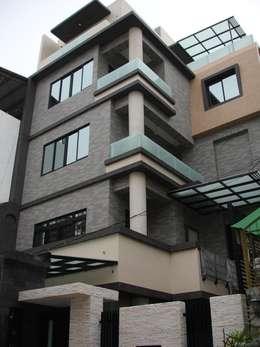 Rumah by 勝暉建築工程行