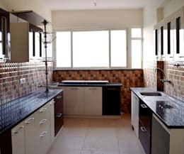 Residence Interiors : minimalistic Kitchen by Blue Interiors