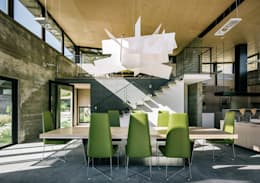 Butterfly House: modern Dining room by Feldman Architecture