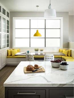 classic Kitchen by Feldman Architecture