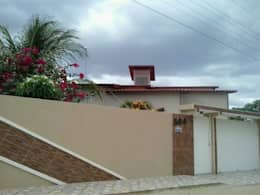 Casas de estilo rural por Moderna Arquitetura Brasil