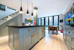 Projekty,  Kuchnia zaprojektowane przez Orchestrate Design and Build Ltd.
