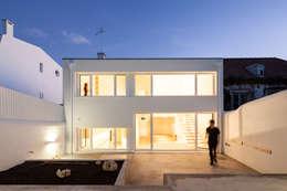 minimalistic Garden by Colectivo Cais