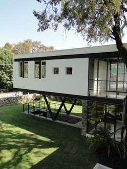 Casas de estilo minimalista por rochen