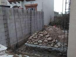 Cimentación: Casas de estilo mediterraneo por CA ARQUITECTOS