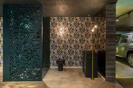 Baños de estilo  por Duailibe Arquitetura