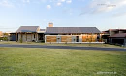 Contemporary Farm house : country Houses by Gottsmann Architects