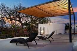 Terrazas de estilo  por FRACTAL CORP Arquitectura
