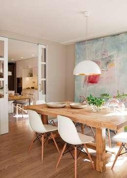 LAMPARAS DE TECHO: Comedores de estilo clásico por Angelo Luz + Diseño