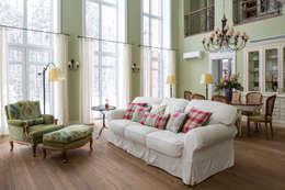 Загородный дом: Гостиная в . Автор – А-Дизайн