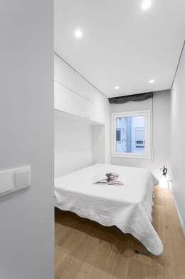 Dormitorios de estilo escandinavo por PAULO MARTINS ARQ&DESIGN