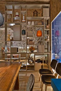 rustic Dining room by Luciana Savassi Guimarães arquitetura&interiores