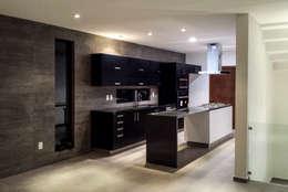Cocinas de estilo minimalista por Estilo Homes