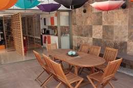 Oficinas y tiendas de estilo  por emARTquitectura