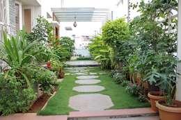 Interior Decoration: modern Garden by The Inner Story