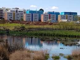 Condominio Lomas de Javiera, Temuco: Casas de estilo moderno por Equipo Jaspard Arquitectos