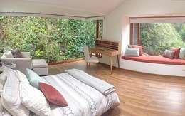 Cuarto MJC: Dormitorios de estilo  por Redesign Studio