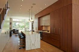 Cobble Hill Townhouse: modern Kitchen by Sarah Jefferys Design