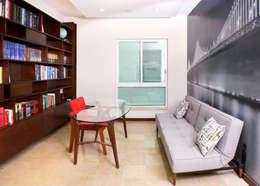 Remodelación Casa-Habitación 850m2: Estudios y oficinas de estilo moderno por GHT EcoArquitectos