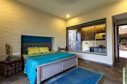 rustic Bedroom by Inscape Designers