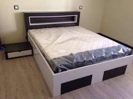 Dormitorios de estilo  por ARKIVO