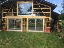 Projekty, wiejskie Spa zaprojektowane przez KREA Koncept