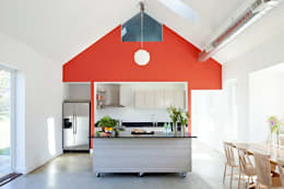 Kitchen: modern Kitchen by ZeroEnergy Design