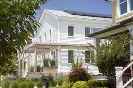 classic Houses by ZeroEnergy Design