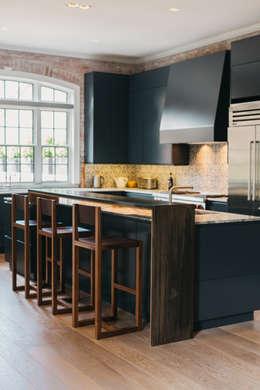 industrial Kitchen by FLUID LIVING STUDIO