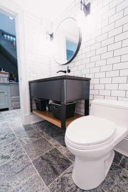 modern Bathroom by FLUID LIVING STUDIO