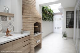 moderne Keuken door Angelica Hoffmann Arquitetura e Interiores